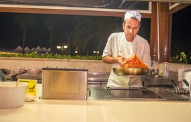 Adams Beach - Dionyssos Restaurant Live Cooking Station