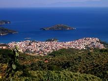 Skiathos - pohled na hlavní město